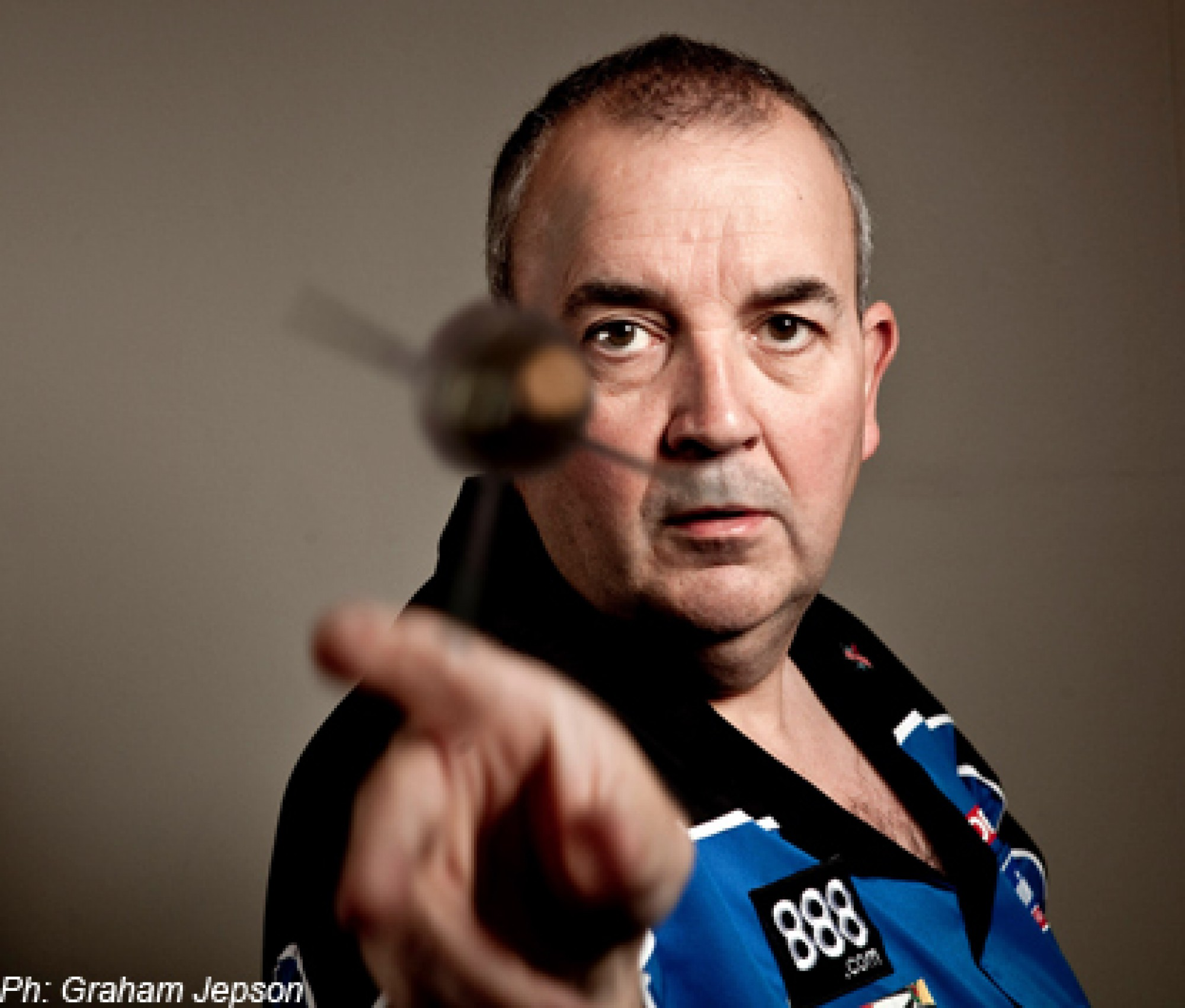 cropped-philtaylor-bullet-dart-pic.jpg