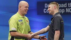 Robert Cross, earned a monster draw, against MVG, with 3 superb wins on day1
