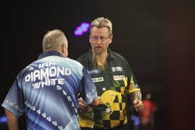 Old foes clash early. Whitlock defeats white in the last 64.